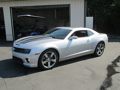 2010 CHEVY CAMARO RSSS v8 6sp leather loaded sunroof like new 104k miles all factory 1817