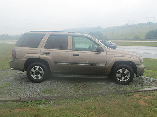 2002 CHEVY TRAILBLAZER LT loaded has everything clean as a pin clean carfax local car EC 819