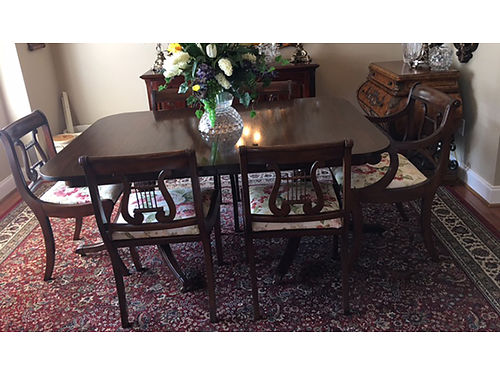 TABLE  CHAIRS antique Duncan Phyfe made in 1930 mahogany table with 6 music back chairs Excel