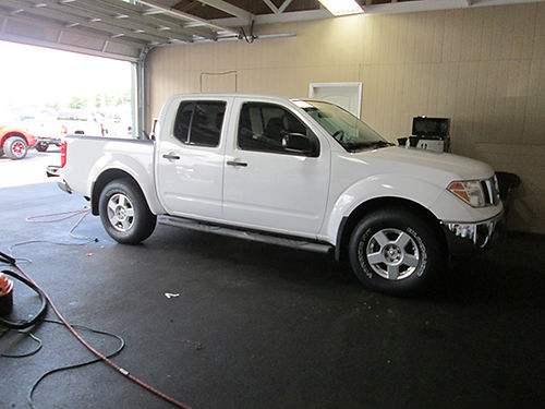 2006 NISSAN FRONTIER Crew Cab 4x4 116k auto air loaded 1009 12900 LIGHTNING AUTO SALES Johns