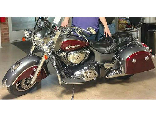 2017 INDIAN SPRINGFIELD very low miles maroongrey windshield highway bars locking hard bags pa