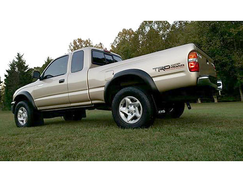 2001 TOYOTA TACOMA 4WD TRD Offroad Package 215K miles good condition 7000 423-863-3845