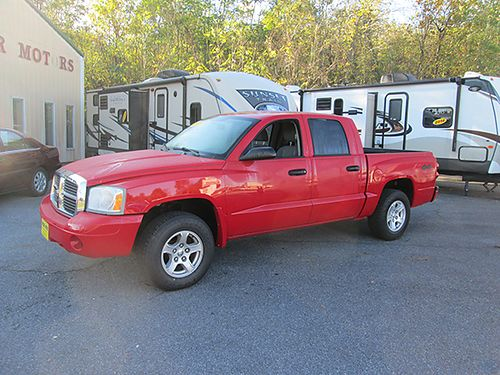 2007 DODGE DAKOTA 4X4 V8 auto pwr options very clean 7616 10900 VA DLR - SUPERIOR MOTORS B