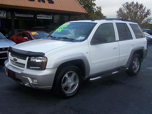 2006 CHEVY TRAILBLAZER LT 4x4 53 V8 psunroof leather tube bars new Michelin tires loaded wo