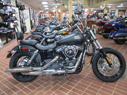 2017 HARLEY-DAVIDSON FXDB Street Bob Stock 316780 Black Denim Mileage 7 Call for quote 423-28
