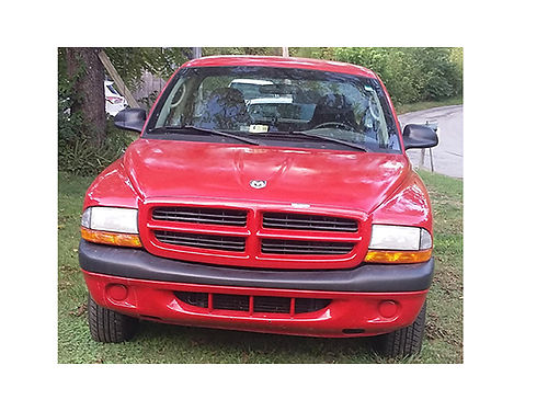 2001 DODGE DAKOTA Sport 2WD V6 140K miles reg cab 2 door red wgrey int good condition 2900 o