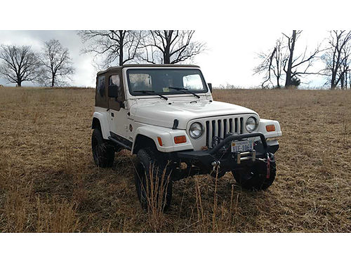 2002 JEEP WRANGLER 178K miles automatic transmission air conditioning new tires good top winch