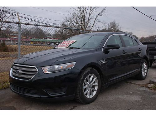 2014 FORD TAURUS SE only 48k miles new tires super nice 11900 423-968-7650