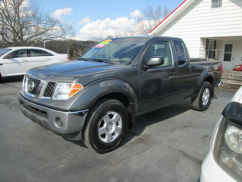 2006 NISSAN FRONTIER SE 4x4 ext cab 6 cyl 5 sp all power CD runs great with 90 day warranty