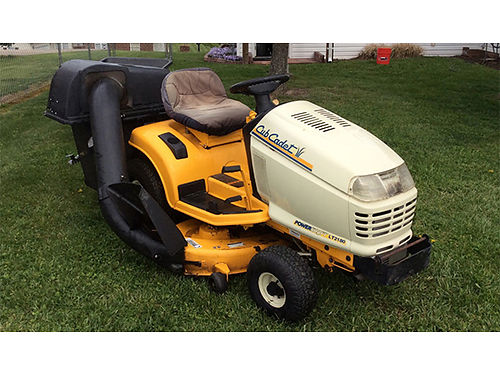 RIDING MOWER JOHN DEERE, ONLY 25HRS, 18HP, ...