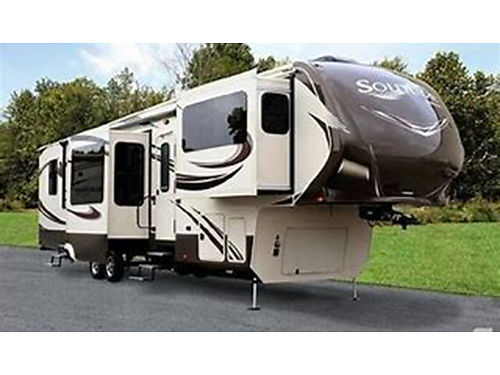 2015 GRAND DESIGN 42 Solitude 5th wheel like new hydraulic leveler front liv