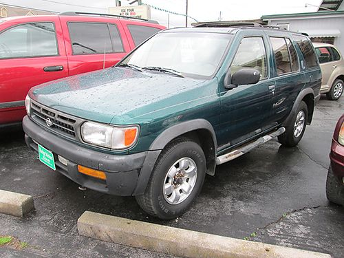 1996 NISSAN PATHFINDER V6 auto 4WD green gray cloth all pwr 4dr air 196k miles 18902 3800