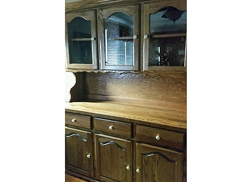 CHINA CABINET solid oak very heavy 400 423-534-4336