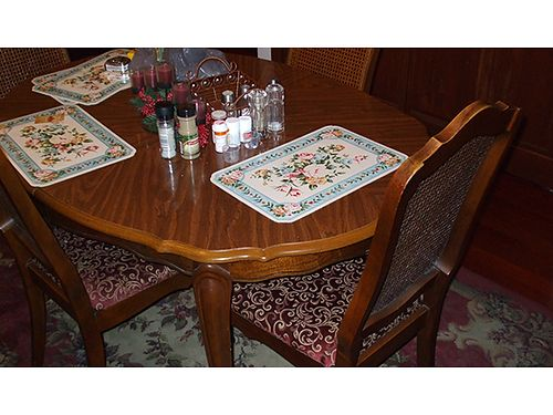 DINING ROOM SET 9pc French Provencial dining room set table with large leaf 1200 obo 423-538-4195