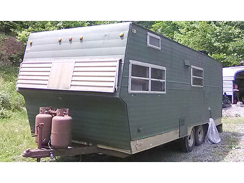 SHASTA STRATOFLYTE 20 travel trailer all works as is 1500 276-452-4454 before 8pm