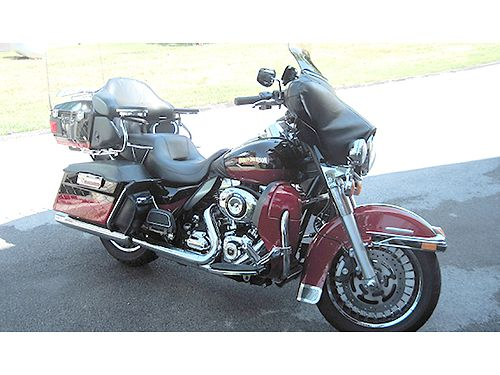 2010 HARLEY LIMITED 2-tone Sunglo Cherry RedMerlot many extras garage kept one owner well maint