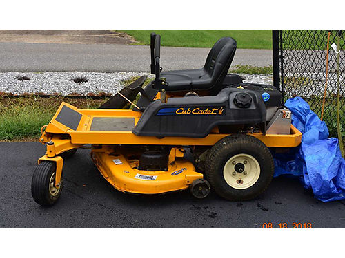 LAWNMOWER Zero Turn w42 deck new battery 718 new drive and deck belts 617 runs great Used on