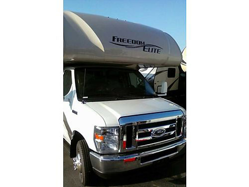 2017 THOR FREEDOM ELITE 26HE MOTORHOME Class C 26 Ford 350 engine w675 miles Sleeps 9 ducted