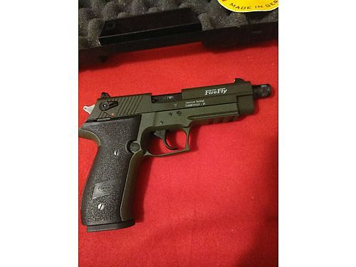 PISTOL Firefly 22 auto interchangable wSig Mosquito 10rnd clip brand new in box 275 obo Pow