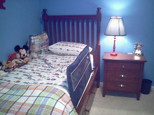 BEDROOM SUITE from Grand twin captians bed w4 storage drawers bedside tanble 5 drawer chest of