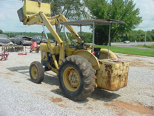 FORD 4500 diesel Heavy Duty Commercial TractorFront End Loader runs well 4140 865-933-7020