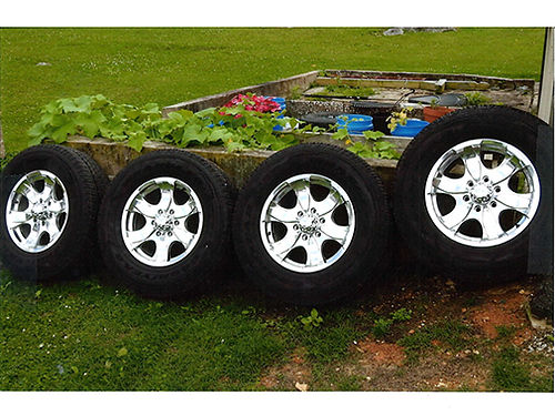 WHEELS  TIRES fits 2015-2019 Ford pickup with 6-lug 4 chrome wheels  tires 17 only 3 weeks o