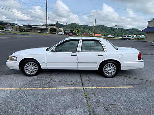 2009 MERCURY GRAND MARQUIS LS Ultimate Ed White V8 auto air all power CD Dealer Maintained w13