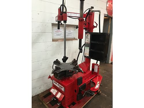 TIRE CHANGING EQUIPMENT by Coates Tire Changer Model 5060ES wrobo arm 2800  Model 1025 Bala