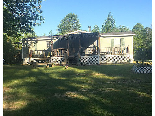 2000 MOBILE HOME 3 BEDROOM2BATH good condition 5 acres with shed in backyard 2 porches 53000