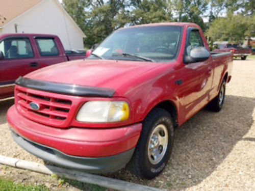 1999 FORD F-150 reg cab 2WD V6 5-speed red new windshield local trade 175k miles 3995 obo