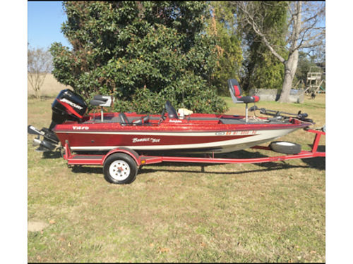 2001 BUMBLEBEE BASS BOAT 90HP Mercury 2 live wells 16 12 long trolling motor very low hours