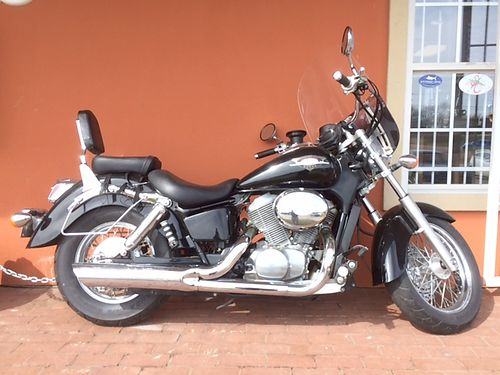 1999 HONDA SHADOW VT7 750 CAN BE SEEN IN FRONT OF OKEEFES SPORTING GOODS IN GRENADA 2750 OBO