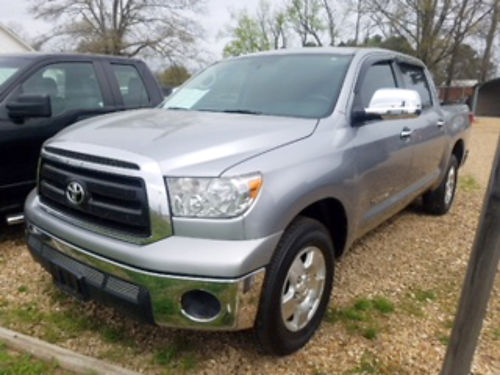 2012 TOYOTA TUNDRA CREW MAX 46 V8 automatic silver gray cloth alloy wheels new tires tinted