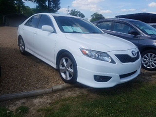 2010 TOYOTA CAMRY SE 4 cylinder automatic white black cloth alloy wheels tinted windows pw p