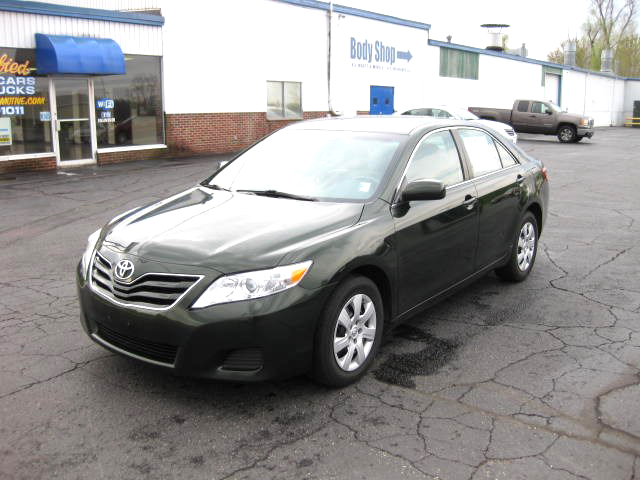 2011 TOYOTA Camry LE 32 MPG highway 9900For more information contact our internet specialist at