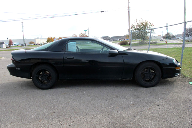 2000 CHEVY Camaro LS GC18089B T-Tops leather 95 down 95month or 3500