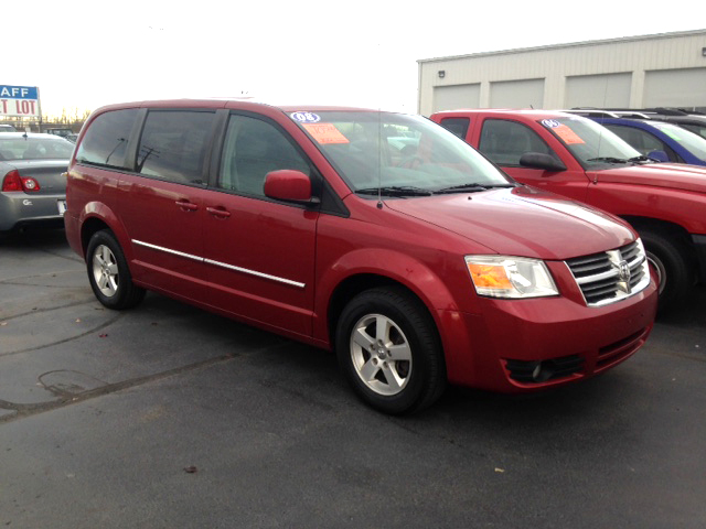 2008 DODGE Caravan 7-107941A new tires loaded 7 passenger seating rear entertainment 10500