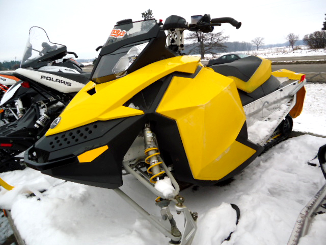 2008 SKI DOO MXZ X great trail sled 6407 miles top end recently done ready to ride only 4895