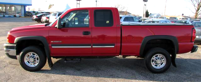 2006 CHEVY Silverado 2500 60642 5 speed 81 liter rare 11999