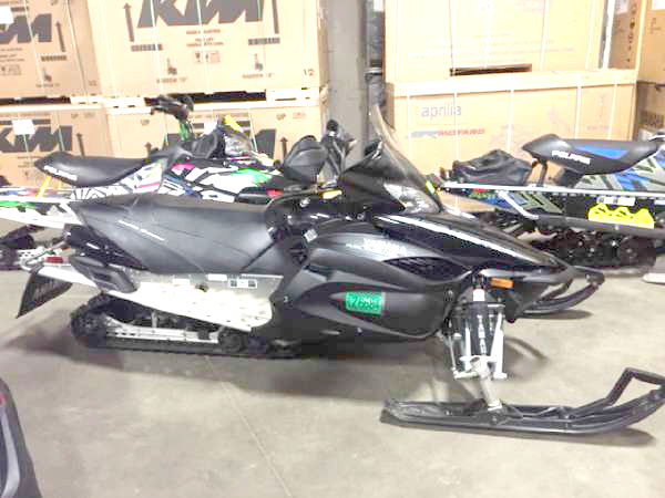 2012 YAMAHA RS Vector LTX only 1973 miles EPS equipped comfort with longer track bump bridging ab