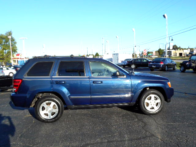 2005 JEEP Grand Cherokee Limited leather 9295For more information contact our internet specialis