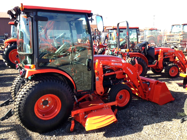 NEW Kubota B2650HSDC Cab Tractor with loader and 72 mid mower factory heatair 4WD PS hydro tr