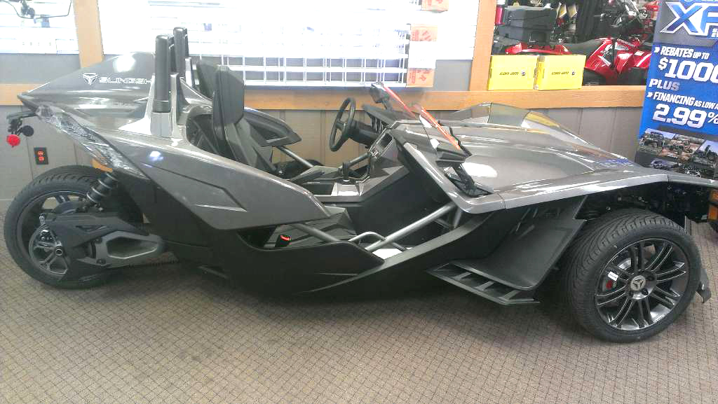 2015 POLARIS Slingshot only 800 miles financing available only 20099For more information conta
