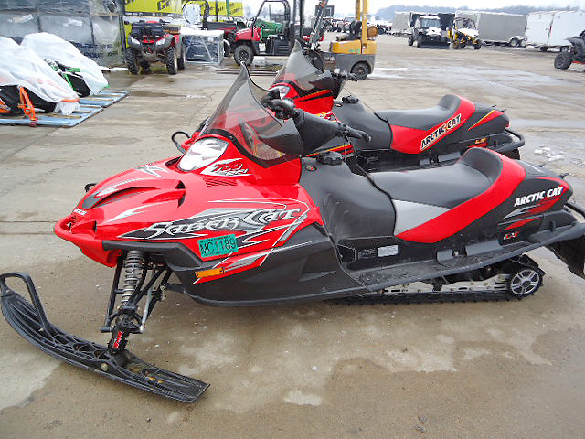 2005 ARCTIC CAT Sabercat 700 very nice condtion for only 4149