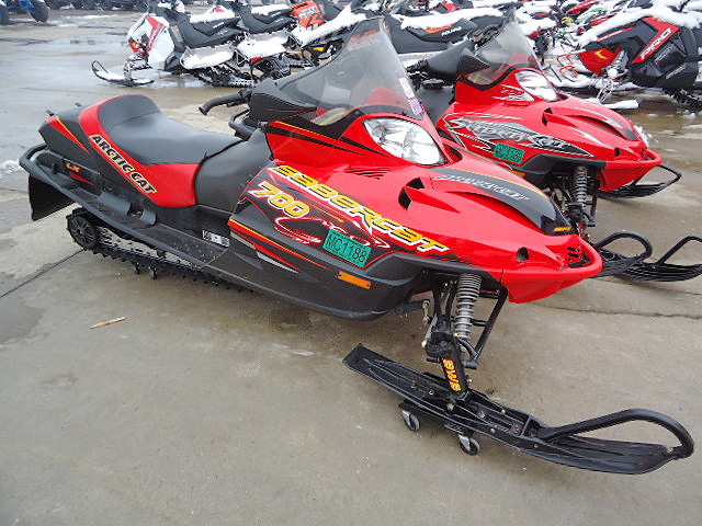 2006 ARCTIC CAT Sabercat 700 very nice condtion for only 4349