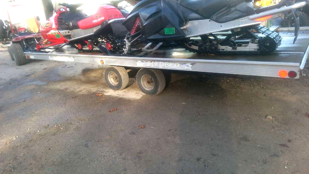 2003 SLED Bed 8 12 foot x 20 foot aluminum tandem 4 place trailer only 2500For more informati