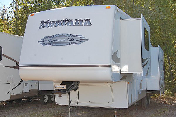 2007 MONTANA 329RLT fifth wheel 19999