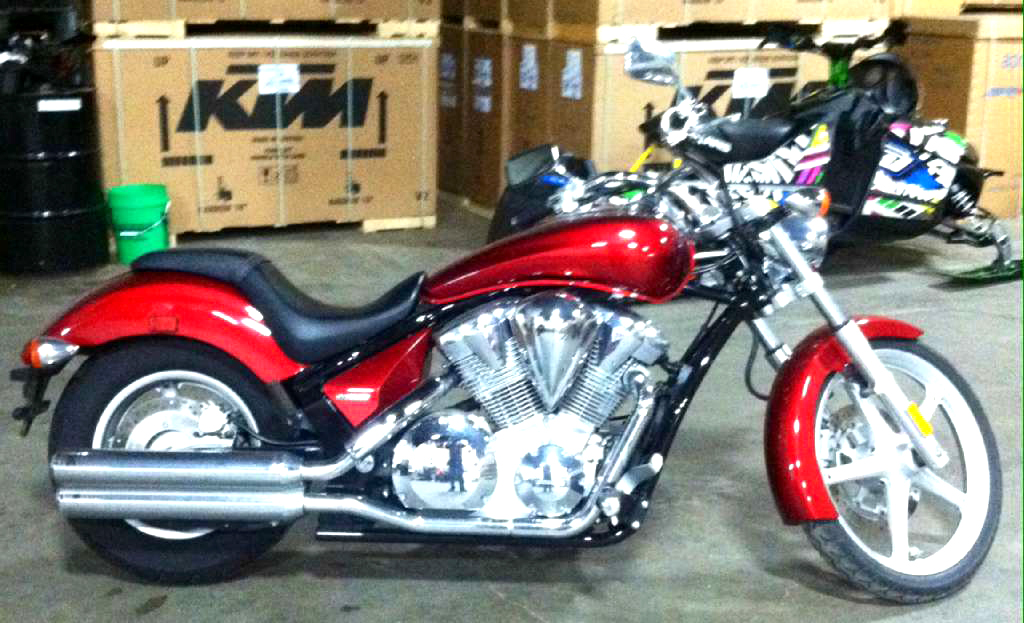 2010 HONDA Sabre VT1300CS only 3816 miles its amazing no payments until spring ask for Cody 0