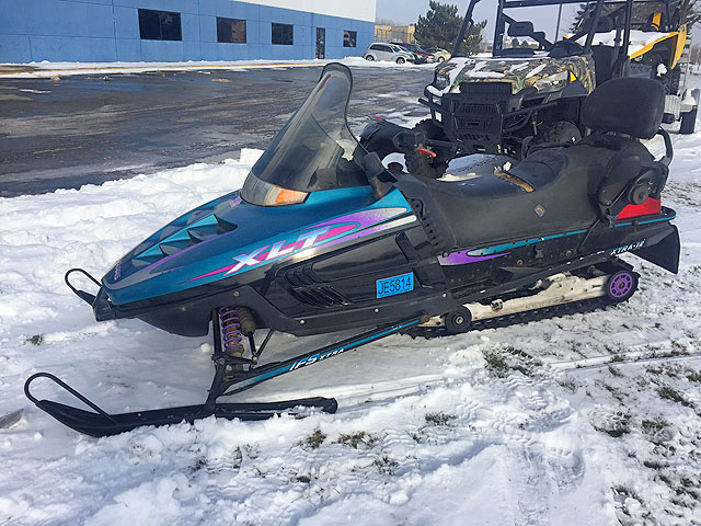 1997 POLARIS Indy XLT Touring rare 2 person riding blowout sale only 1697