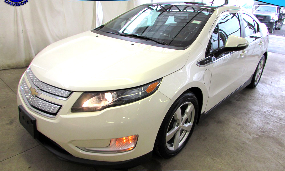 2011 CHEVY Volt 6-948AL electric powered and gas up to 95 MPG 7999